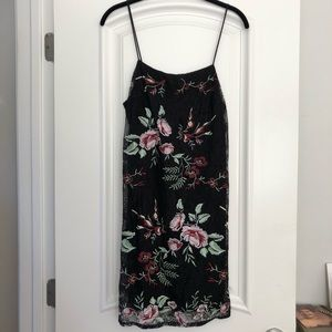 Black lace w/ floral embroidery ASTR dress